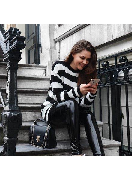 Sofia Black - Knit