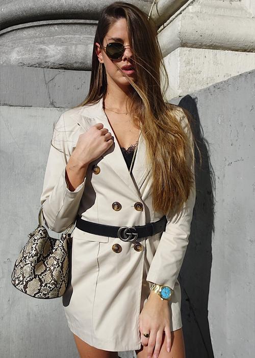 Button Blazer - Beige