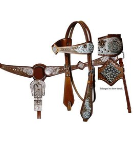 Showman ® Showman ® headstall and breast collar set.