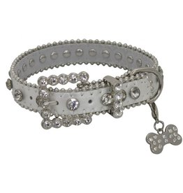 Showman ® Showman Couture ™  Silver leather dog collar with crystal rhinestones.