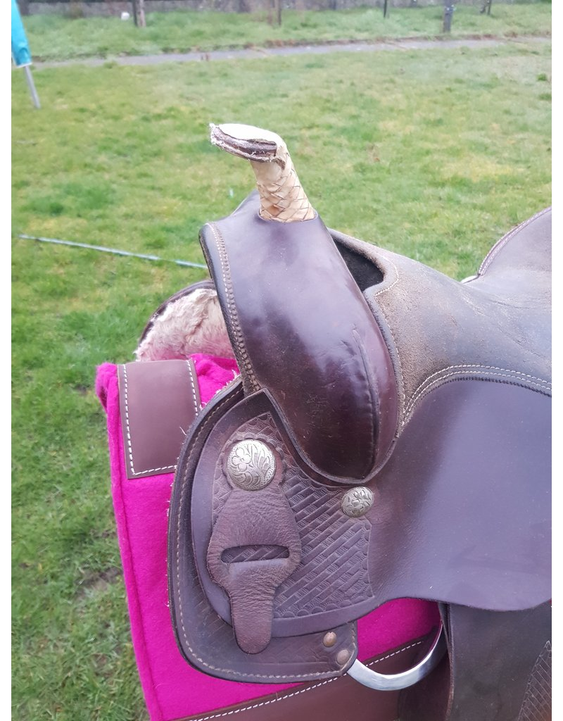 2nd hand saddle 16 inch