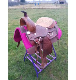Redhorns 2nd hand saddle 16 inch