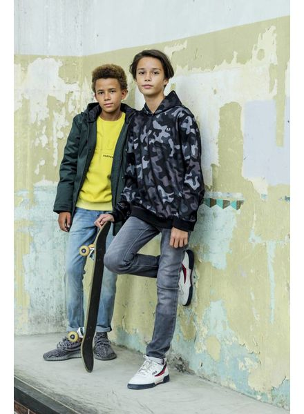 Shop the look Yedhu + Kick AW18