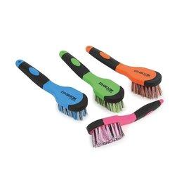 Shires Contour Bucket Brush