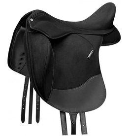 Wintec Dressage saddle pro contour 17 inch
