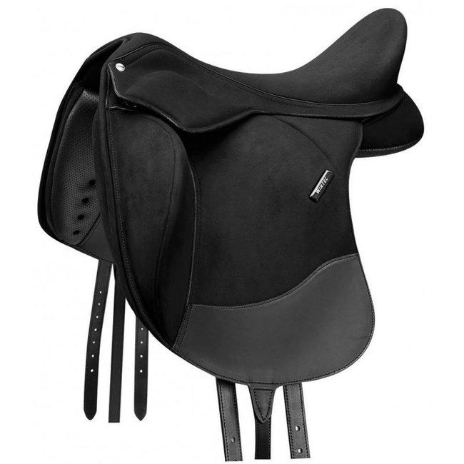 Wintec Dressage saddle pro contour 17.5 inch