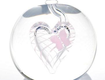 Urn glas met roze vlinder