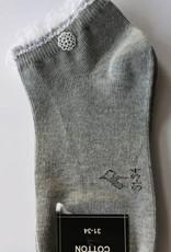 Bonnie Doon Bonnie Doon Sokje grijs met wit kant en knoopje