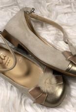 eli Eli schoen suede met fluwelen strik, goudkleurig neus met bontje