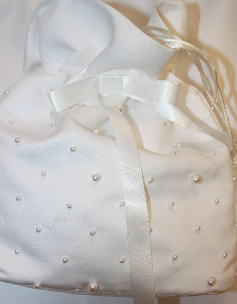 Bruids tasje satijn off white met pareltjes