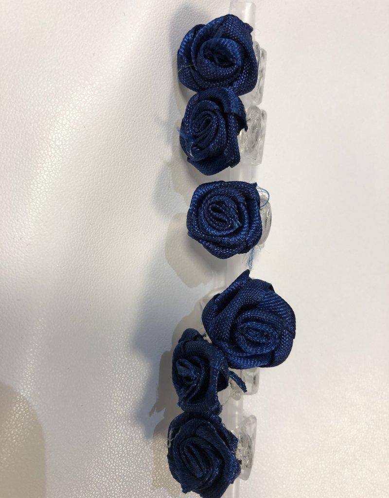 6 roosjes donker blauw op rietje
