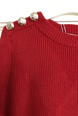 Villa trui rood fijn gebreid met gouden knopen