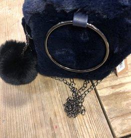 Bont tas donkerblauw met gouden ketting