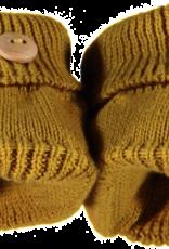 Klein Slofjes oker geel  gebreid met houten knoopje