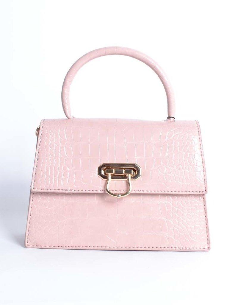 Tas  roze kroko met een kettingschouderband.