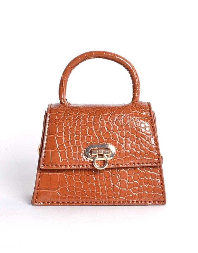 Tasje mini cognac met een kettingschouderband. De tas heeft een krokoprint.