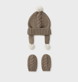 Mayoral Hat and mittens set for newborn boy off white
