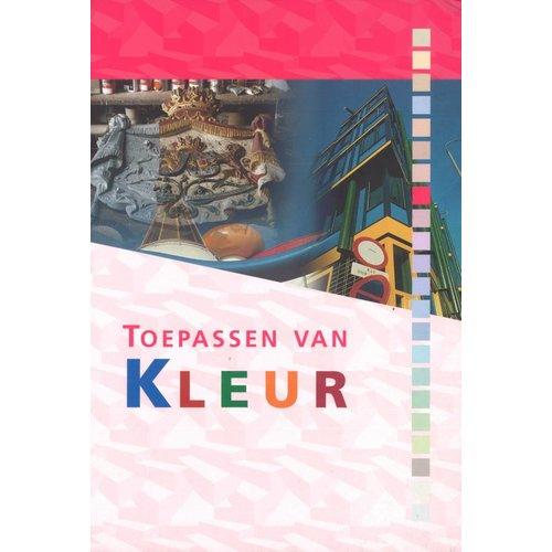 986436 - Toepassen van kleur (schilders en vormgevers)