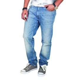 Levi's 519 Skinny-Leg Jeans (Light Blue Wash)