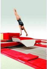 Gymnova Ref. 3499 - Springtafel tussen trampoline en valkuil.