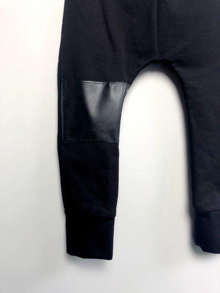 From Paris UNISEX TROUSERS  × BLACK / BLACK