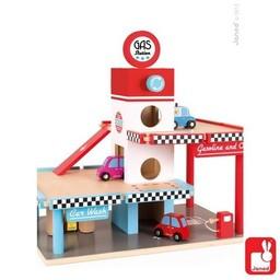 Stoere houten speelgoedgarages van diverse bekende merken