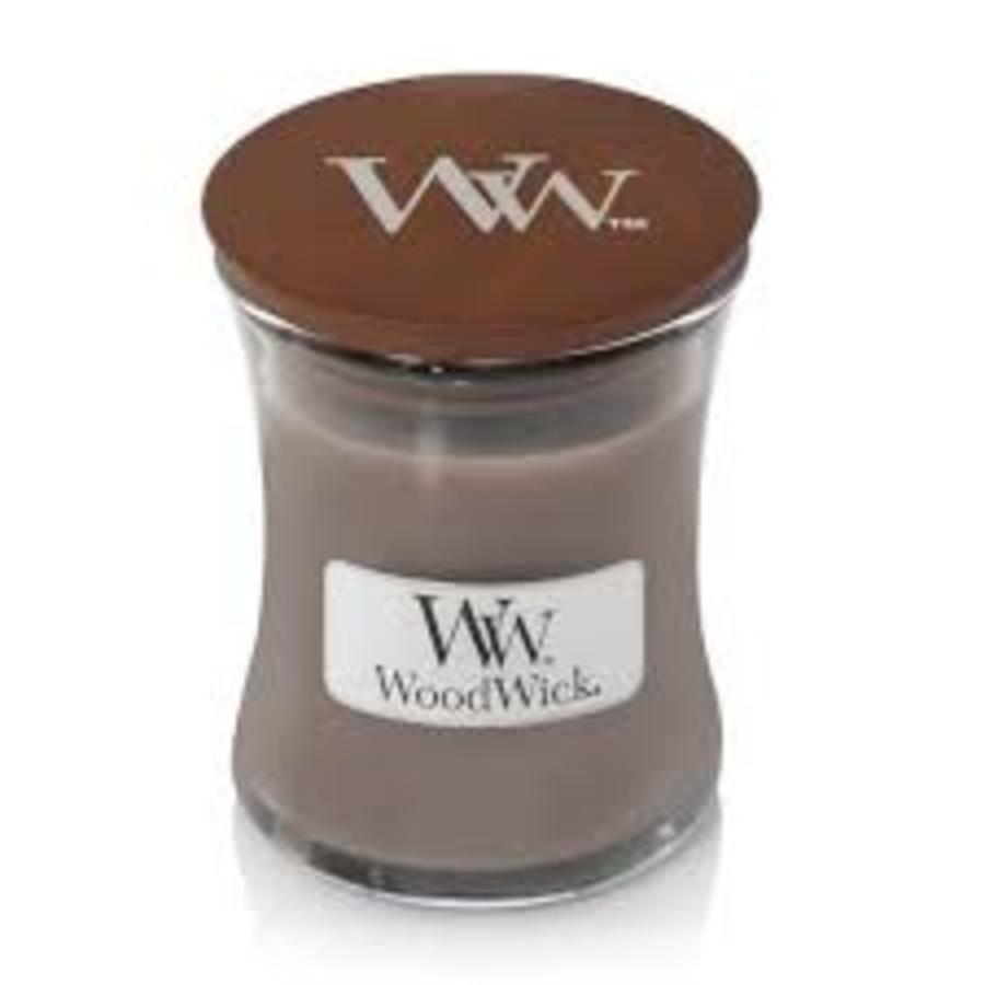 WoodWick Black amber & citrus medium candle-1