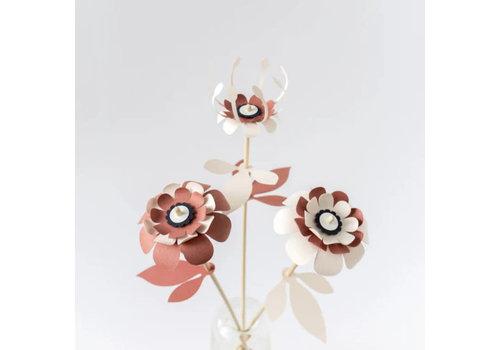 De bloemenier De bloemenier - diy paper flower - vlijtig steeltje