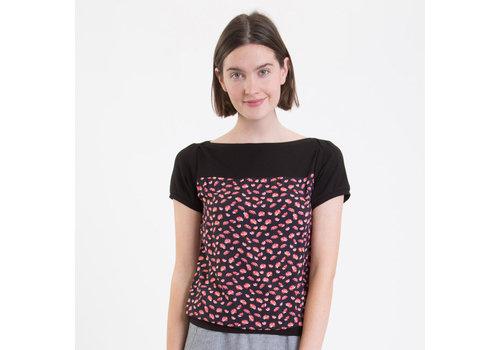 UVR Connected UVR connected - shirt lea - zwart met roze bloemen