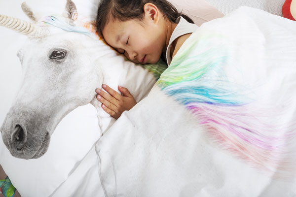 Snurk dekbed met eenhoorn bij Hoge Ramen