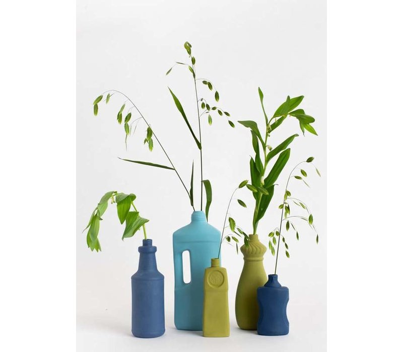 Foekje Fleur - porcelain bottle - #15 moss