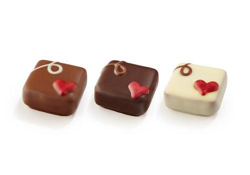 Valentijn pralines m/p/w ass m/w: 1 g-p: 17g 2,6kg