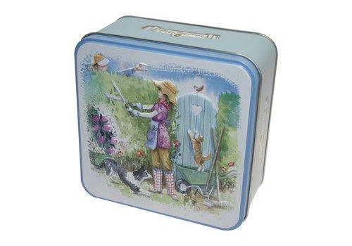 Grandma Wild's Embossed Garden Gate Tin 300g 6st