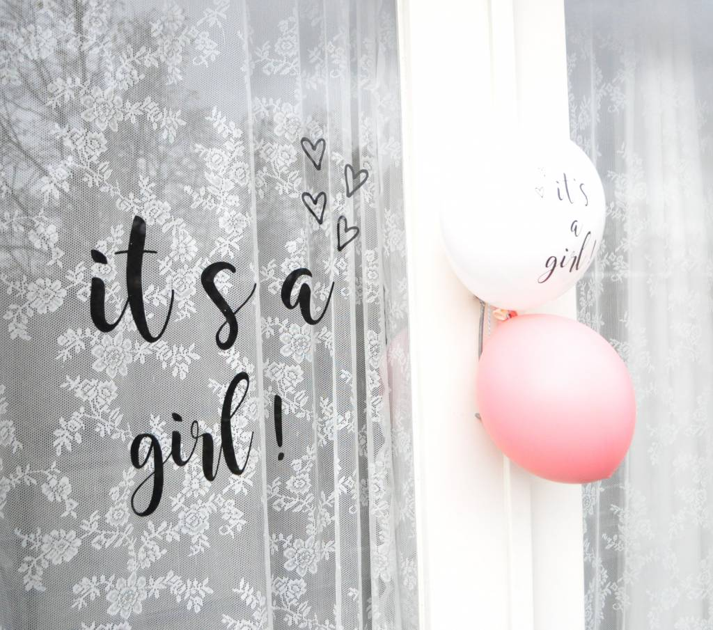 Babybox it's a girl!