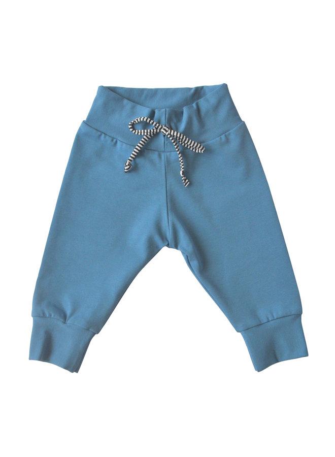 Blauw broekje met strepenkoordje