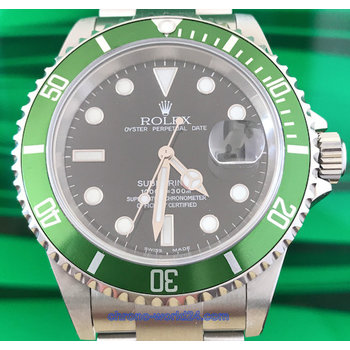 Rolex Submariner Date Ref. 16610 LV Fat Four Y9 .. unpolished near NOS