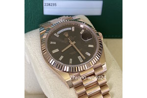 Rolex Day Date  Ref.228235 baguette diamond