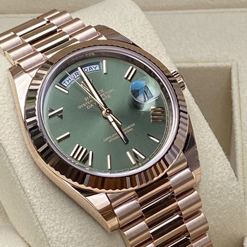 Rolex Day-Date 228235 2020 olive dial, grün, unworn, Eu, Box &Papers