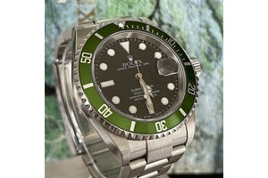 Rolex Submariner Date Ref.16610LV Fat Four