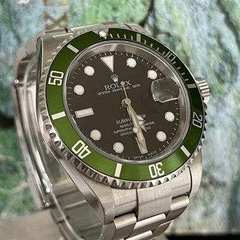 Rolex Submariner Date 16610LV Fat Four, MK1, Y9.. Rolex Service 2020, Box&Papers