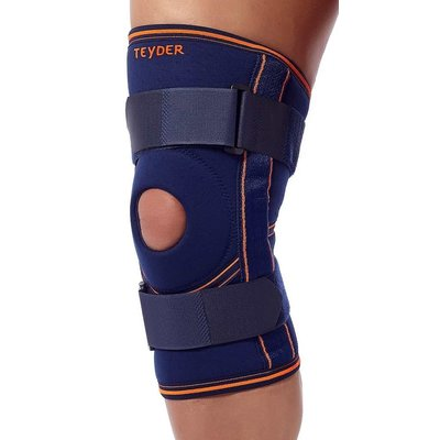 Teyder Neoprene Knee Brace with Hinges