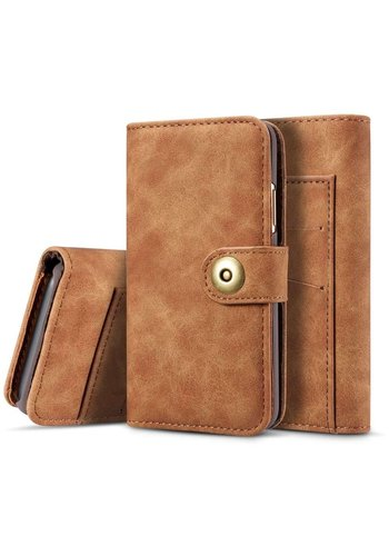 Just in Case Vintage Bookcase Bruin iPhone X