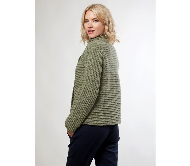 FISHERMAN OUT OF IRELAND HORIZONTAL RIBBED 2 BUTTON CARDIGAN CELERY