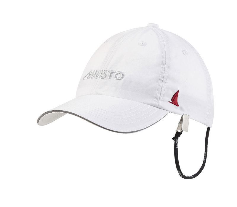 Musto 80032 Ess Uv Fd Crew Cap White