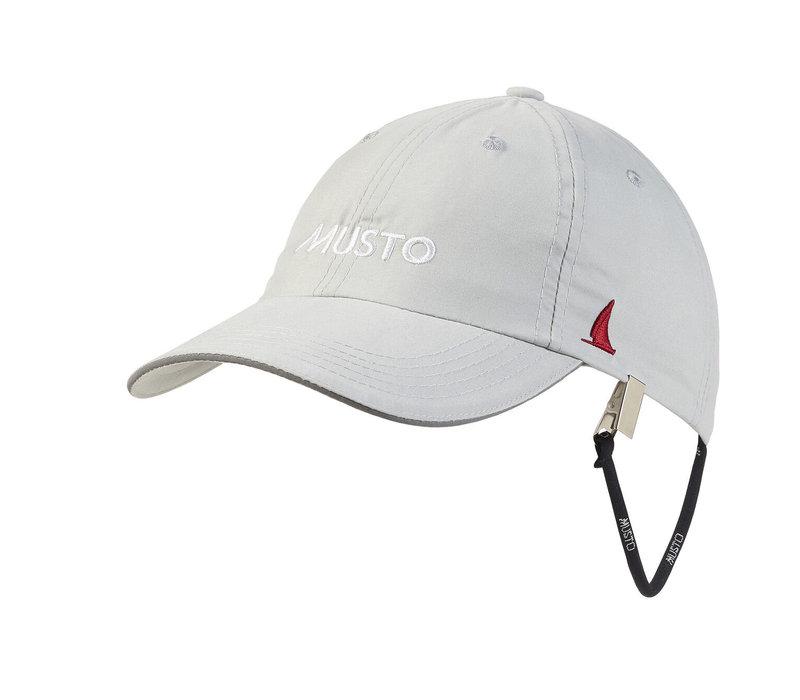 Musto 80032 Ess Uv Fd Crew Cap Platinum