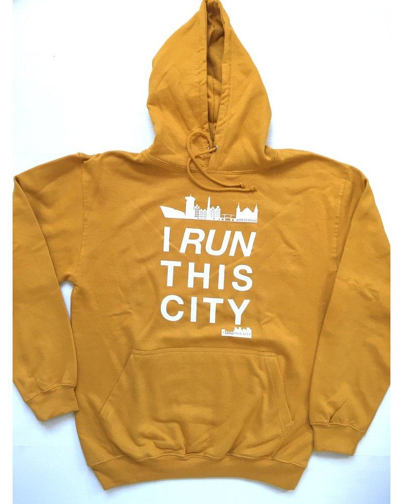 I RUN THIS CITY I Run This City Amsterdam hoodie mosterdgeel