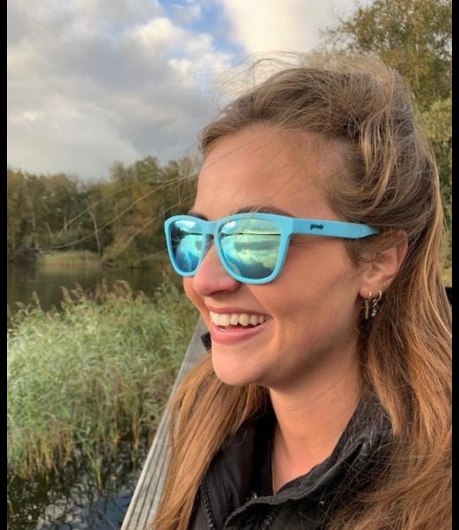 GOODR Sunglasses Pool Party Pregame