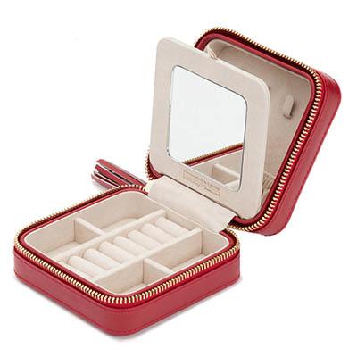 Caroline, een rode zip case sieradenopberger