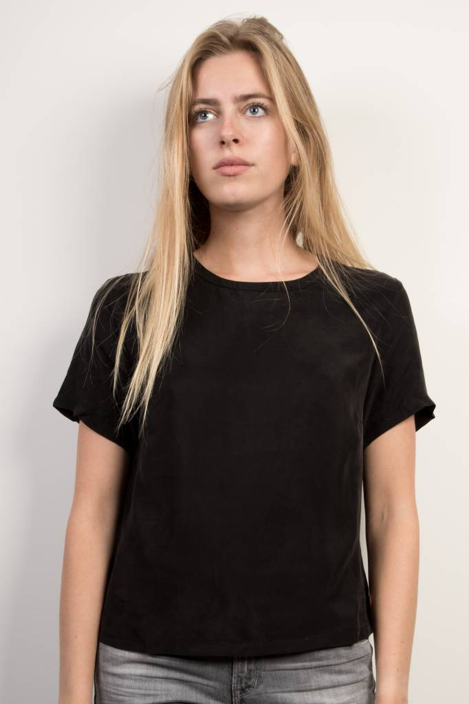 GSUS Laura Top Black