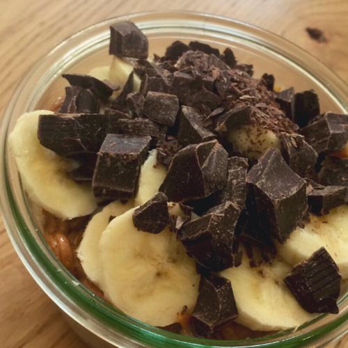 Recept: Chiapudding met chocolade en banaan (vegan)